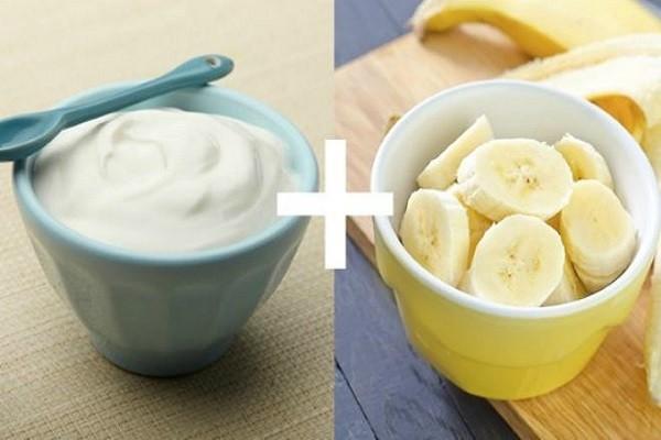Mặt nạ sữa chua kết hợp bơ hoặc chuối